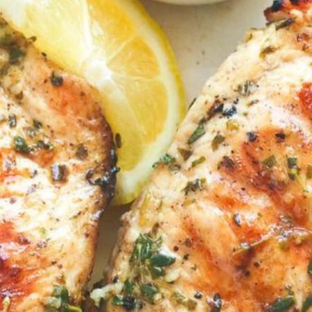 Cubes de poulet marinade à la grecque